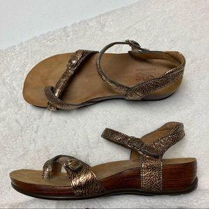 SAS Pampa Toe Fantasia comfort sandals sz 10